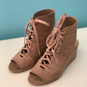Womens Lace-up booties Size 7